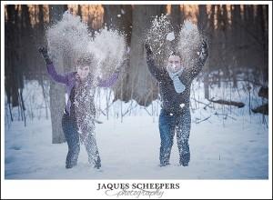 fun-winter-engagement-photo